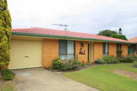 This family village home is located in Mylestom just South of Coffs Harbour, close to both the beach...