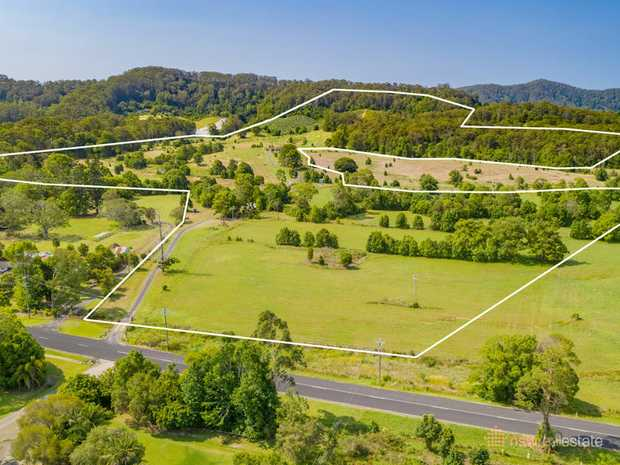 NSW Real Estate, as the exclusive selling agent, is pleased to present 170 North Boambee Road, North...