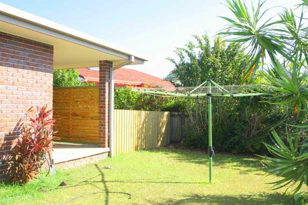 This spacious villa at Sawtell, is just a short drive away from local beaches, restaurants and shopping...