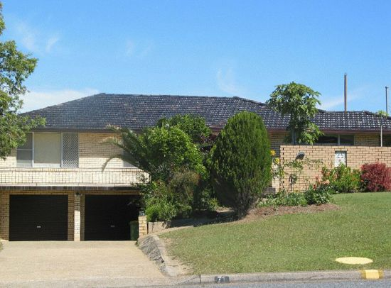 A great opportunity to purchase in a tightly held, in town location, easy walking distance to Coffs...