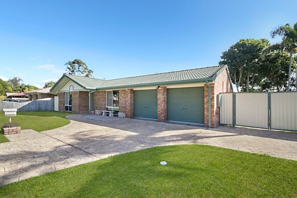 This solid brick four bedroom home set on a manicured block has all the creature comforts and space...