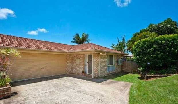 Enjoy an elevated position and easycare lifestyle, with this delightfully private, single level bric...