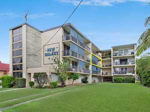 In the Heart of Coolangatta - a Flat 250m Walk to the Sand