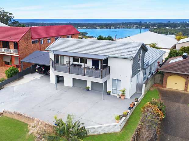INSPECT PROPERTY BY APPOINTMENT   On an elevated 765m2 block, this renovated home ticks all the bo...