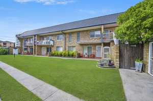 Entry level ground floor two bedroom Greenbank apartment