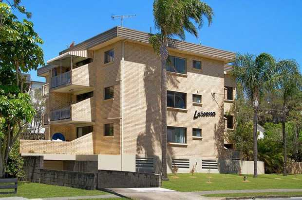 This fully furnished, two bedroom unit is located only a few minutes flat walk to the famous Kirra b...