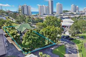 Great Development Block in a Prime Coolangatta Location