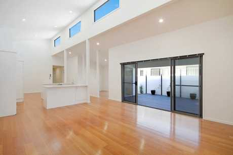 Located in sought after area Salt Village-Kingscliff, this custom built four bedroom plus study...