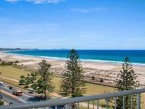 Knockout Views In The Heart Of Kirra
