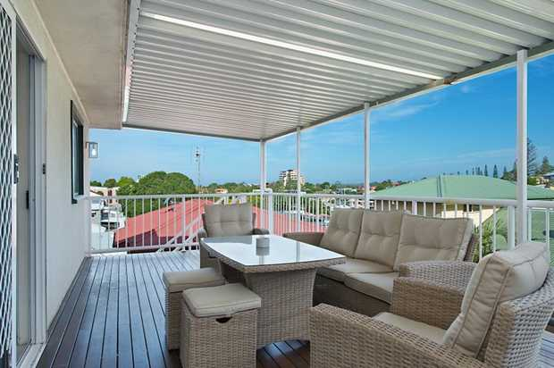 Picture living in the centre of Coolangatta in this renovated beach house.    FEATURES Upstairs ...