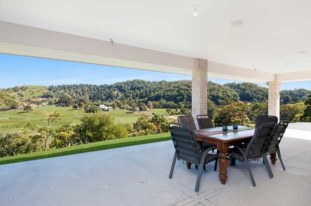 Not only is this home spread over 347m2 it is also sitting on 2 ½ acres of landscaped property.  I...