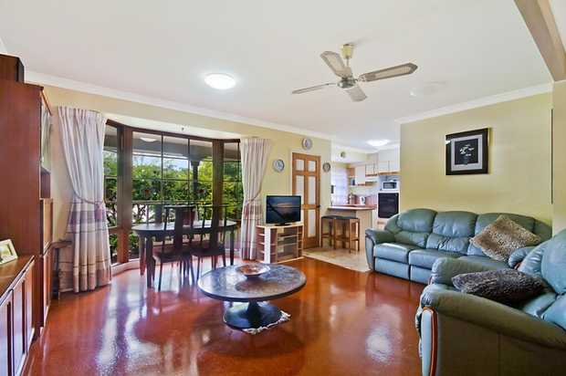 OPEN HOME THIS SATURDAY 24TH AUGUST FROM 10:30 - 11:00 AM   Being the biggest Villa in the complex...