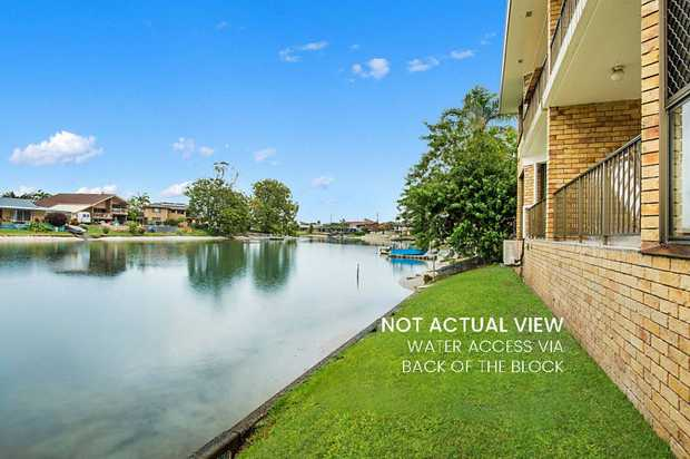 Located in a small waterfront block of only 6, this well-presented two-bedroom unit represents great...