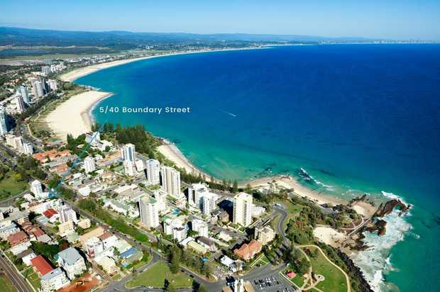 Located in the heart of Rainbow Bay, just a short stroll to the beach