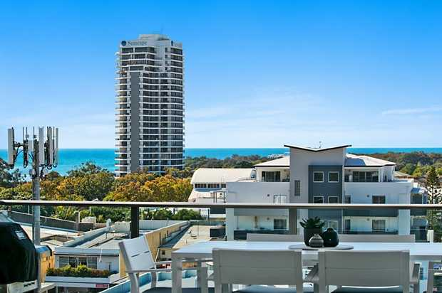 OPEN HOME THIS SATURDAY 26TH SEPTEMBER FROM 10:00 - 10:30 AM  Apartment Living on a Grand Scale - Bay...