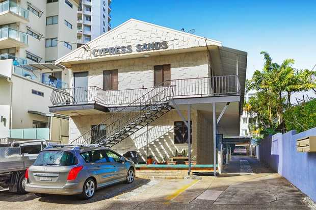 Neat and tidy one bedroom unit in lovely Rainbow Bay.    FEATURES  - One bedroom with balcony off...