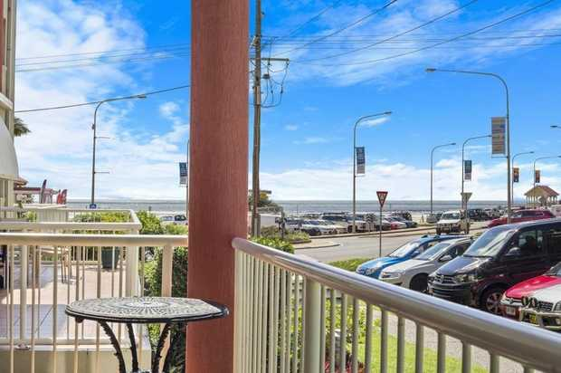 This ground floor apartment is perfectly located overlooking the ocean and the famour surf beach of...
