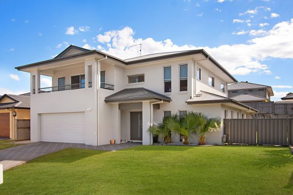 Spacious Family Living in Popular Point Vue Estate