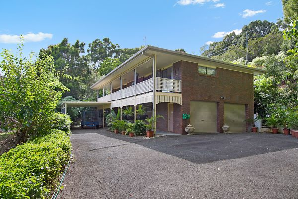 Located in a quiet cul-de-sac in Terranora, this unfurnished three bedroom is perfect for the a fami...