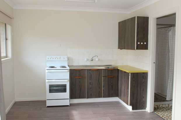 Located in the heart of town and walking distance to all that Woolgoolga has to offer is this 1 bedr...