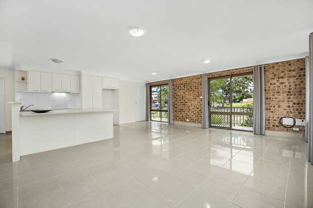Situated in close proximity to Coffs Plaza and only a 10 minute walk to popular beaches and cafes, this...