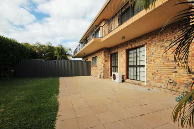 This is a fantastic opportunity to lease a private flat in prestigious Cadence Avenue, Mermaid...