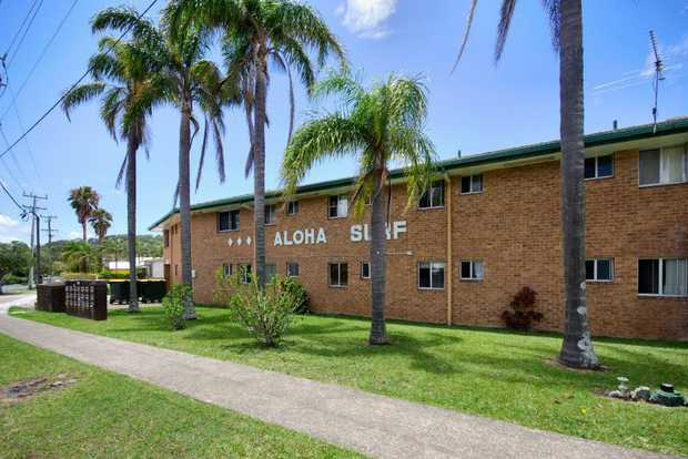 Light & airy studio apartment located in the Aloha Surf complex at Sawtell. The property features op...