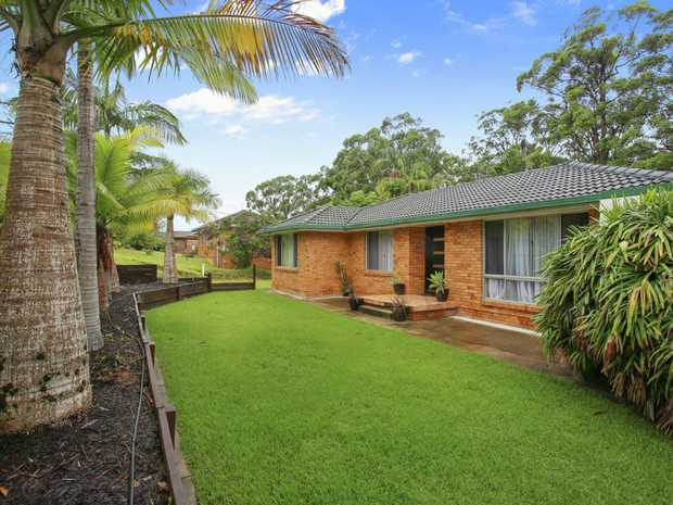 This well presented 3 bedroom level home set on a 916sqm block is great for those just starting out or...