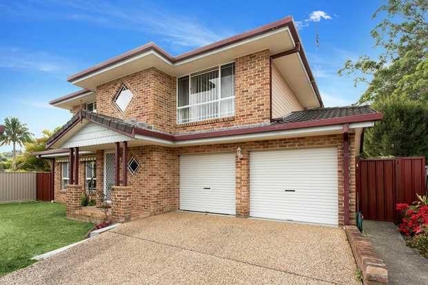 A great opportunity to secure a spacious home close to the golf course and Coffs Harbour CBD. This...