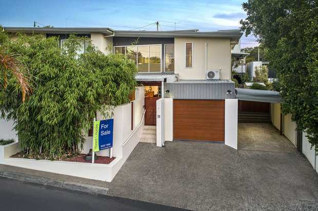 Access is via Gilbey Lane