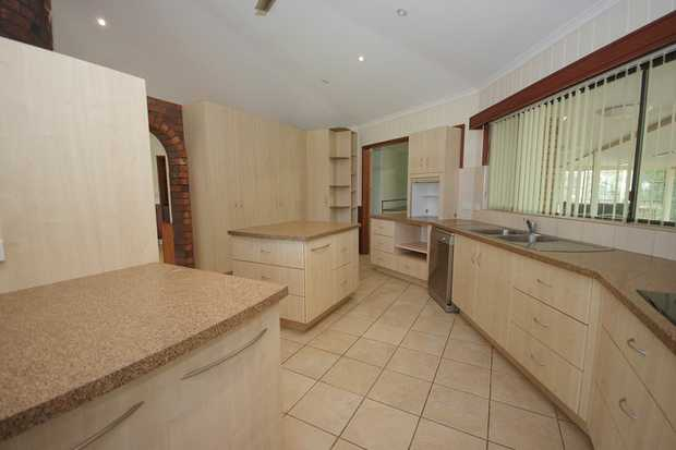 With water and electricity included in the rent this spacious property which consists of a main house...