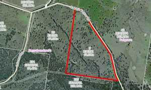 Scarce 158 acres approximately 35 minutes from either Stanthorpe or Warwick to suit grazing, small...