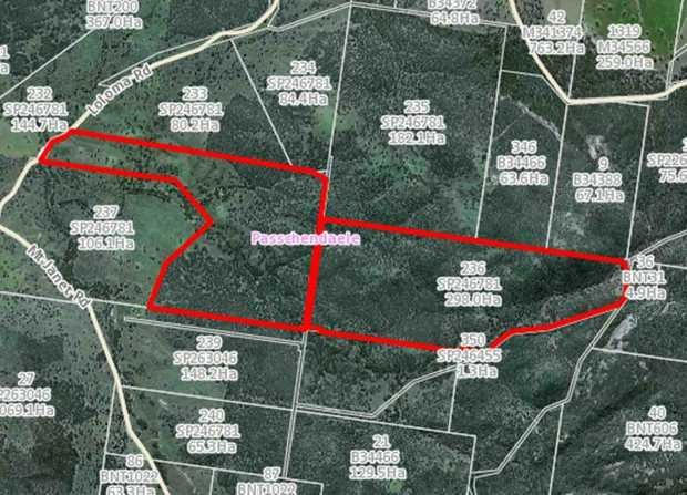 Only 35 minutes from either Stanthorpe or Warwick, this 736 acre block of land is a part of a bigger...