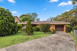 Designed for practical living, this well presented brick & tile home is conveniently set within 400m...