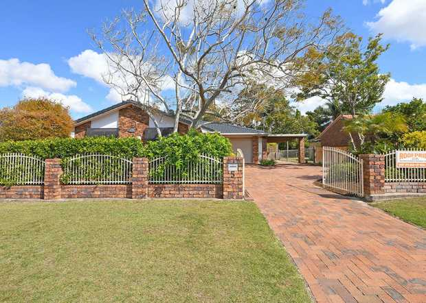 Located in highly sought after Kawungan, this is a fantastic opportunity to purchase an established...