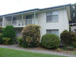 Lovely top floor 2 bedroom unit with single carport in Mountain View Retirement Village.