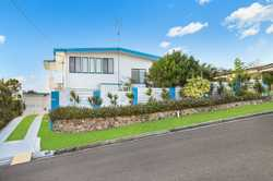 Situated on top of the most stunning block the Maroochydore CBD has had to offer in 54 years, this p...