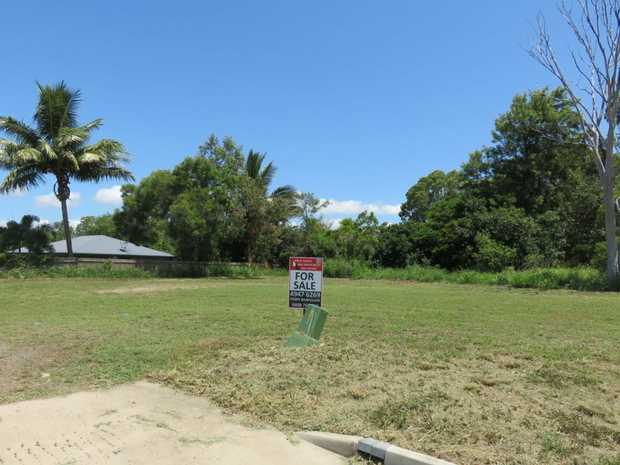 Developers fire sale and wants the allotment sold A.S.A.P.  Now at $105,000 for this large 1041 m2...