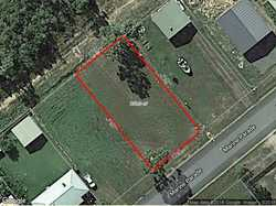 CHEAPEST BLOCK ON THE STREET A perfect level 800 m2 allotment with access to services that include...