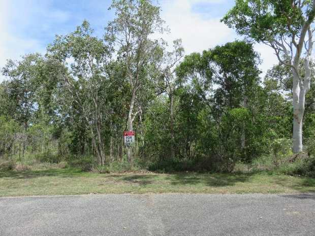 This 1286m2 allotment at Laguna Quays Whitsundays is the cheapest by far Buy now while prices are...