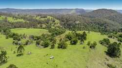 This extremely rare 160 acres of undulating fertile grazing land is only 12 minutes drive from Malen...