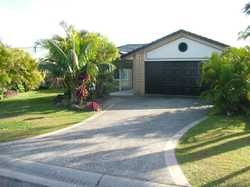 Ultimate spot in a beach town to raise a family! Easily walk to the shops, Tavern and river, perfect...