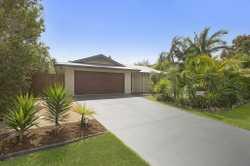 First home buyers, retirees and investors ALERT! Entry level Koala Beach Home with a large private b...