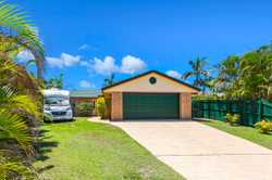 Is Cabarita Beach calling you? If it is then take a look at No.20 Tallowood Avenue, this single leve...
