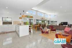 Enjoy comfortable living and privacy in the beautiful beach side town of Cabarita Beach.  Just 2 min...