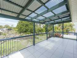 This three bedroom home is in a fantastic location. Just 50m to Iluka Bay, 200m to Bowls Club & 600m...
