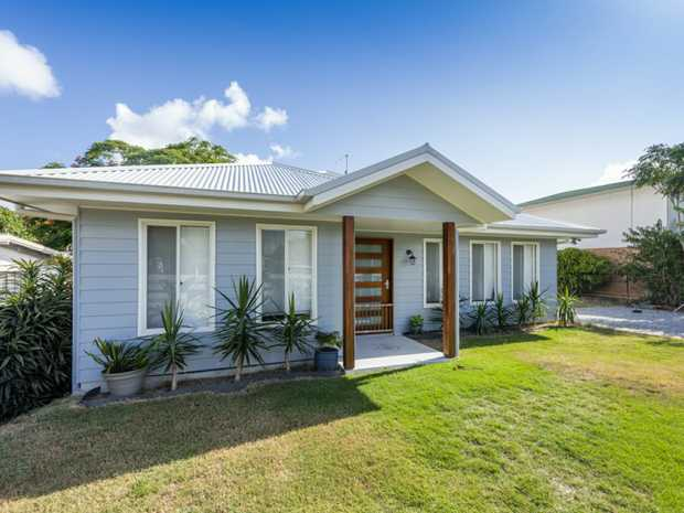 5 Loxton Avenue is a well thought out home with a clever use of space. The home features 3 bedrooms, 2...