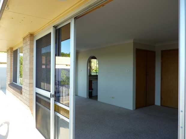 Brick & tile unit in a convenient location in Lismore Heights  Comfortable 3 bedroom unit boasting a...