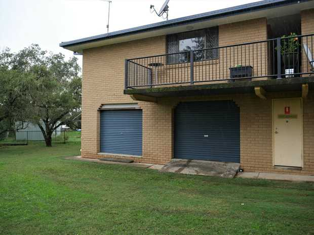 1 bedroom unit  Air-conditioned lounge   Lock up garage   Utility/office space downstairs   Small...