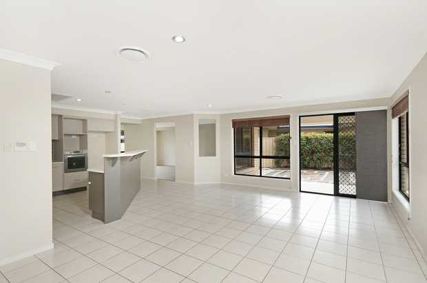 This large family home is located in a highly sought after neighbourhood and is presented to...